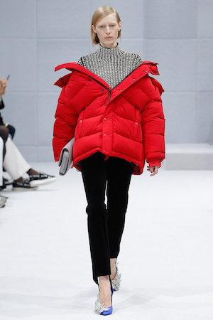 Oversized parka Balenciaga The Chic Geek
