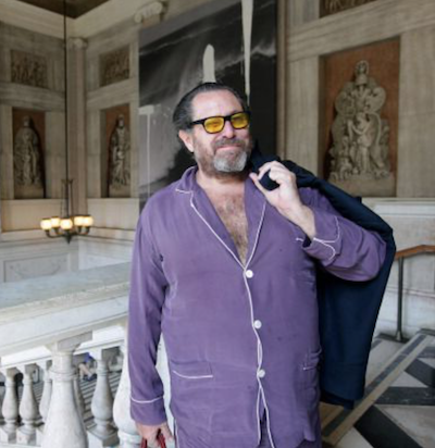 Pyjama style Julian Schnabel Dominic West artist The Square film Julian Schnabel