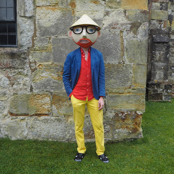 Menswear OOTD The Chic Geek Blogger Barena linen shirt slowear jacket polo ralph lauren trousers Falke socks sandals