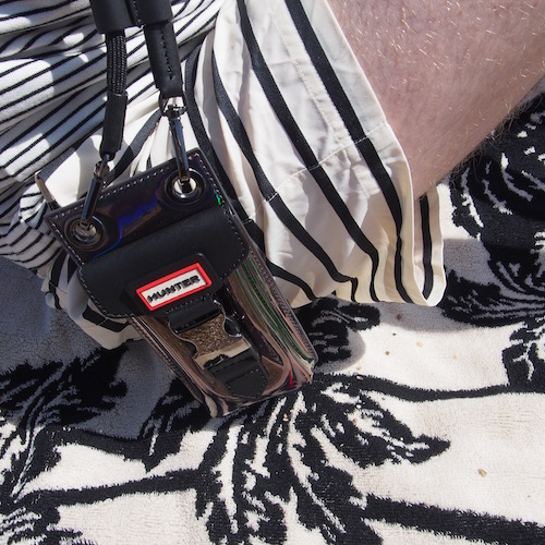 Hunter phone bag the chic geek beach style swimwear menswear